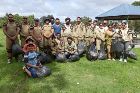 Members of Dera Sacha Sauda who with others, kindly donated their time today.