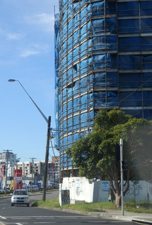 This development is currently being built.  Notice how it is built right to the footpath boundary on the Princes Highway.