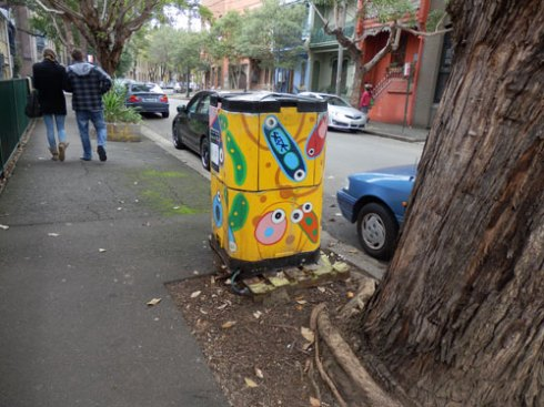 In Chippendale they have community compost bins scattered around the streets.  While I was there a woman brought her food scraps down from her unit to the compost bin.  The compost that is made is for anyone to use in their inside gardens or verge gardens.  I think this is a terrific idea.