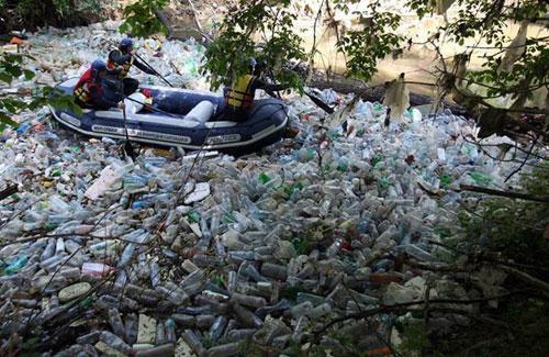Plastic bottle pollution essay