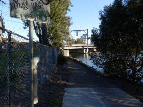 New TAngler Bin for fishing line installed just before the popular fishing spot on the shared pathway beside the railway bridge over the Cooks River at Tempe.   I imagine the warning sign will be put in place once it has been made.  I am aware these things tae time to organise.