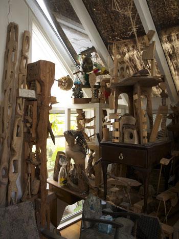 Hilik Mirankar's studio