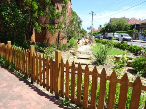 The view of the new garden from Marrickviklle Road.   Three small children were inspecting the plants while I was there.