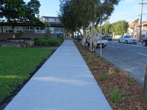 This verge garden runs from the corner of Gleeson Avenue along Unwins Bridge Road right to the building.