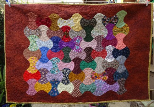 Quilt 5 - 'Apples' - made & donated by Liz Cakes.  Find her on Facebook.