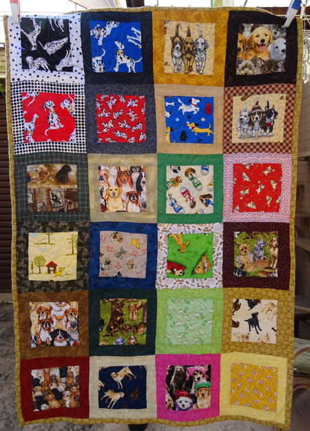 This is a very sweet quilt. I thank Liz for her generosity.