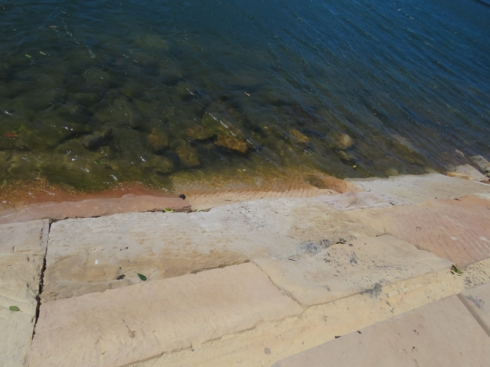 Looking down at the new sandstone river bank at the lookout area.  I think this looks very attractive.